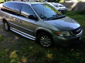 Chrysler Town and Country Handicap / Wheelchair Van